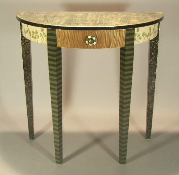two-t-at-dlht-9-demi-lunehalltable9mossgreen.jpg